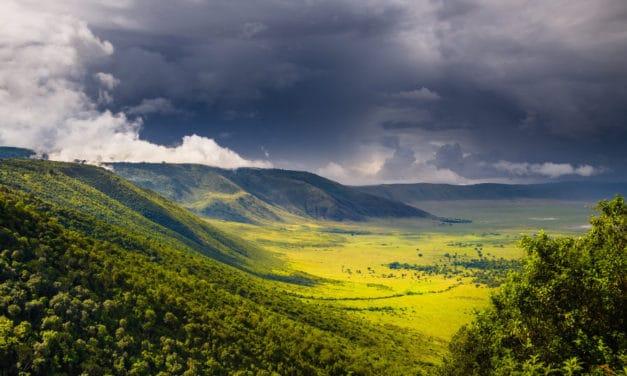 Ngorongoro Crater – How to safari in a wildlife utopia