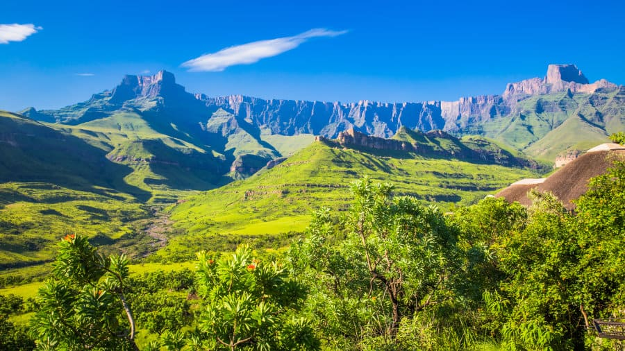Drakensberg uKhahlamba – Complete visitor guide to incredible mountains