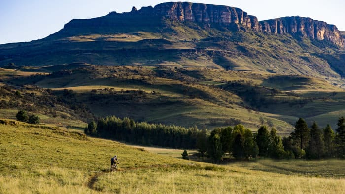 Mountain biking through spectacular trails in the Drakensberg