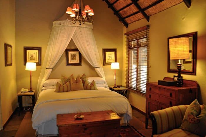 Romantic bedroom at the Ngala Safari Lodge, Kruger