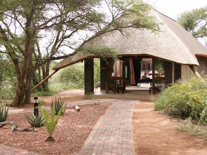 Lodge in the Bush | Photo credits: Serengeti Safari Lodge
