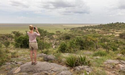 Safari clothing: 6 essential lessons to dress for safari success